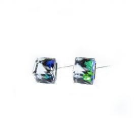 Náušnice swarovski Cube 8 mm vo farbe CRYSTAL VM – napichpovačky