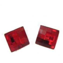 Náušnice Swarovski elements štvorec červené  LIGHT SIAM – napichovacie 10mm