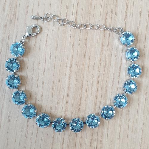 Náramok Swarovski elements 8mm modrý aquamarine chaton