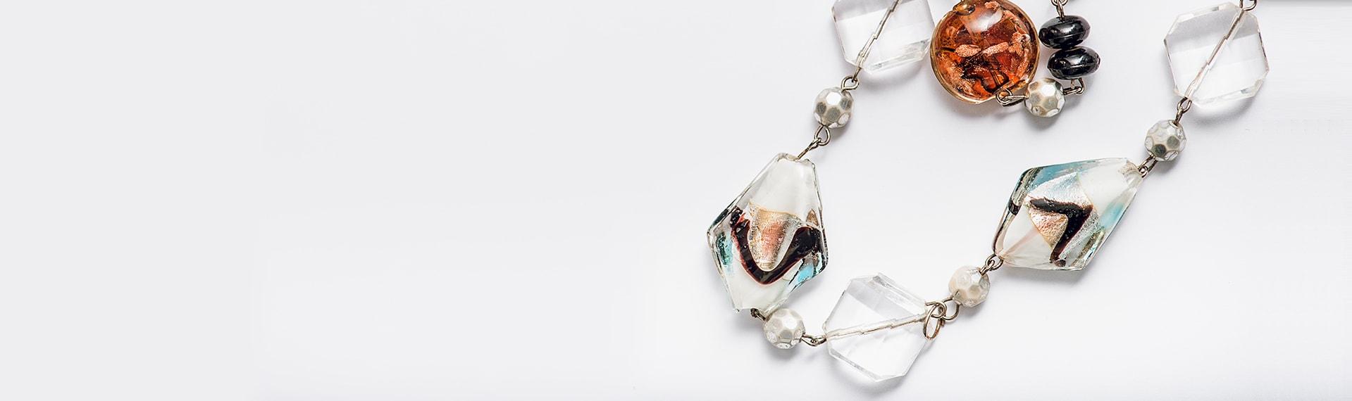 Krásne náhrdelníky